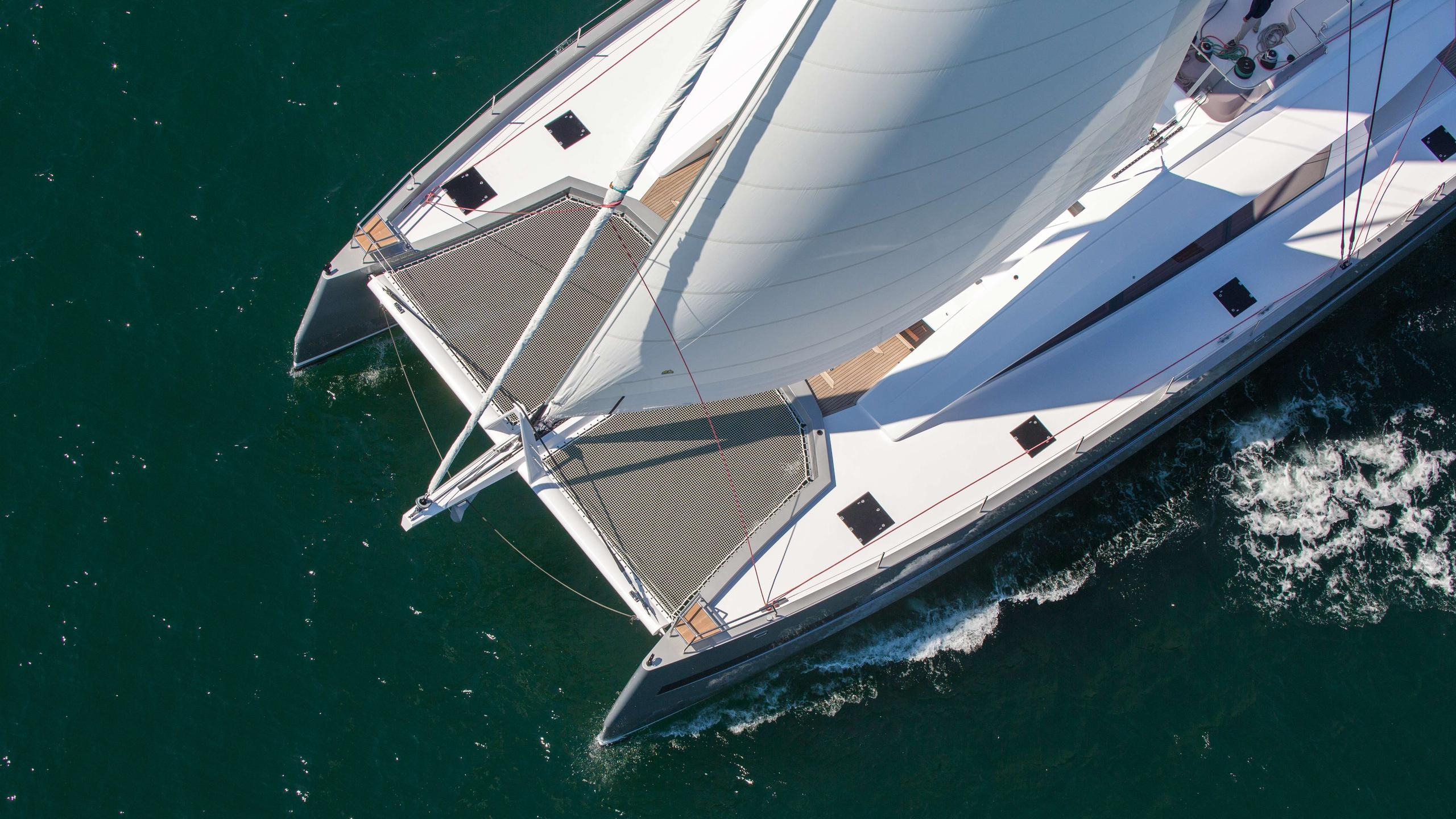 Windquest-catamaran-yacht-jfa-2014-26m-aerial-deck