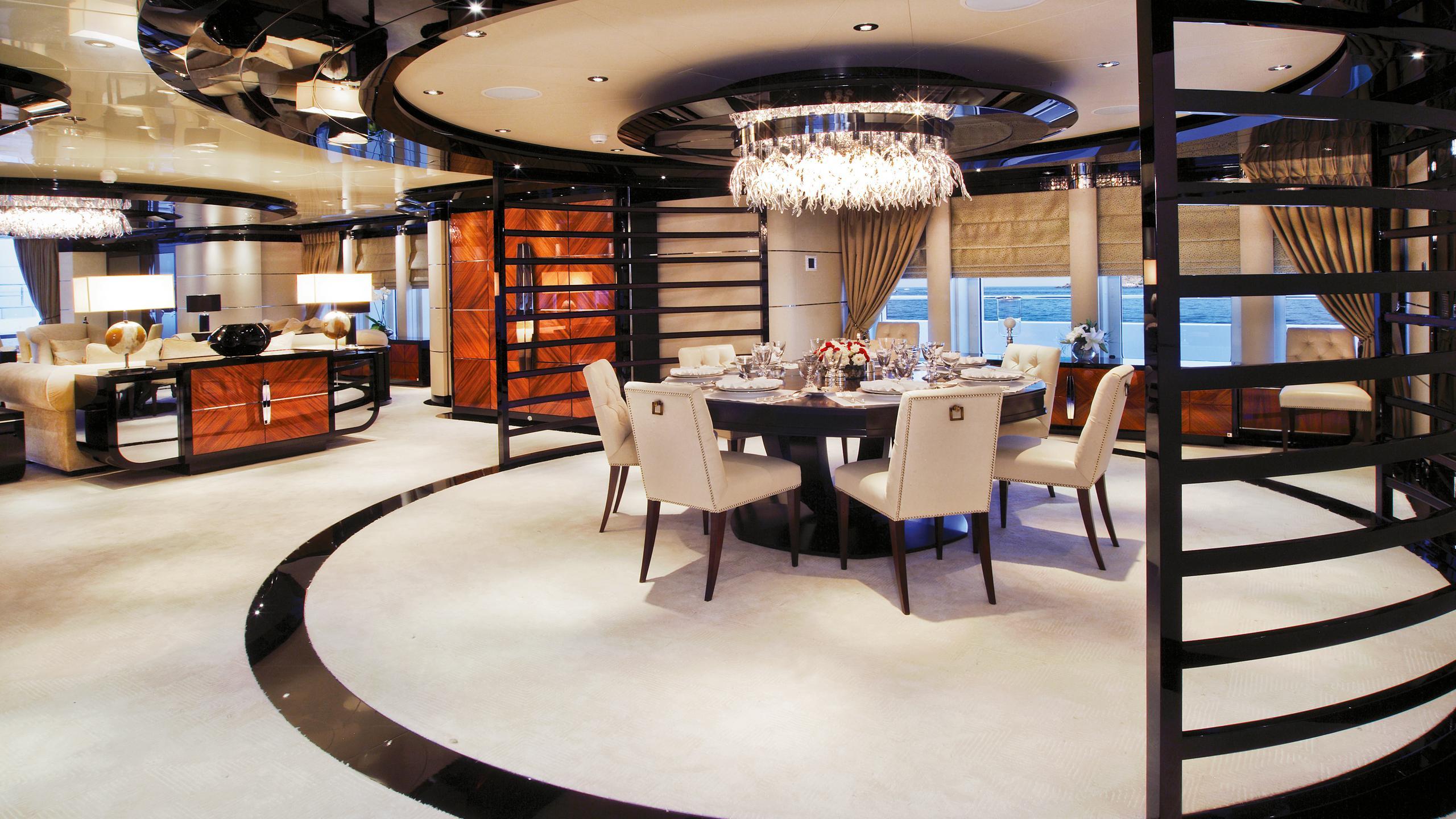 talisman-c-motor-yacht-Turquoise-2011-71m-dining-saloon