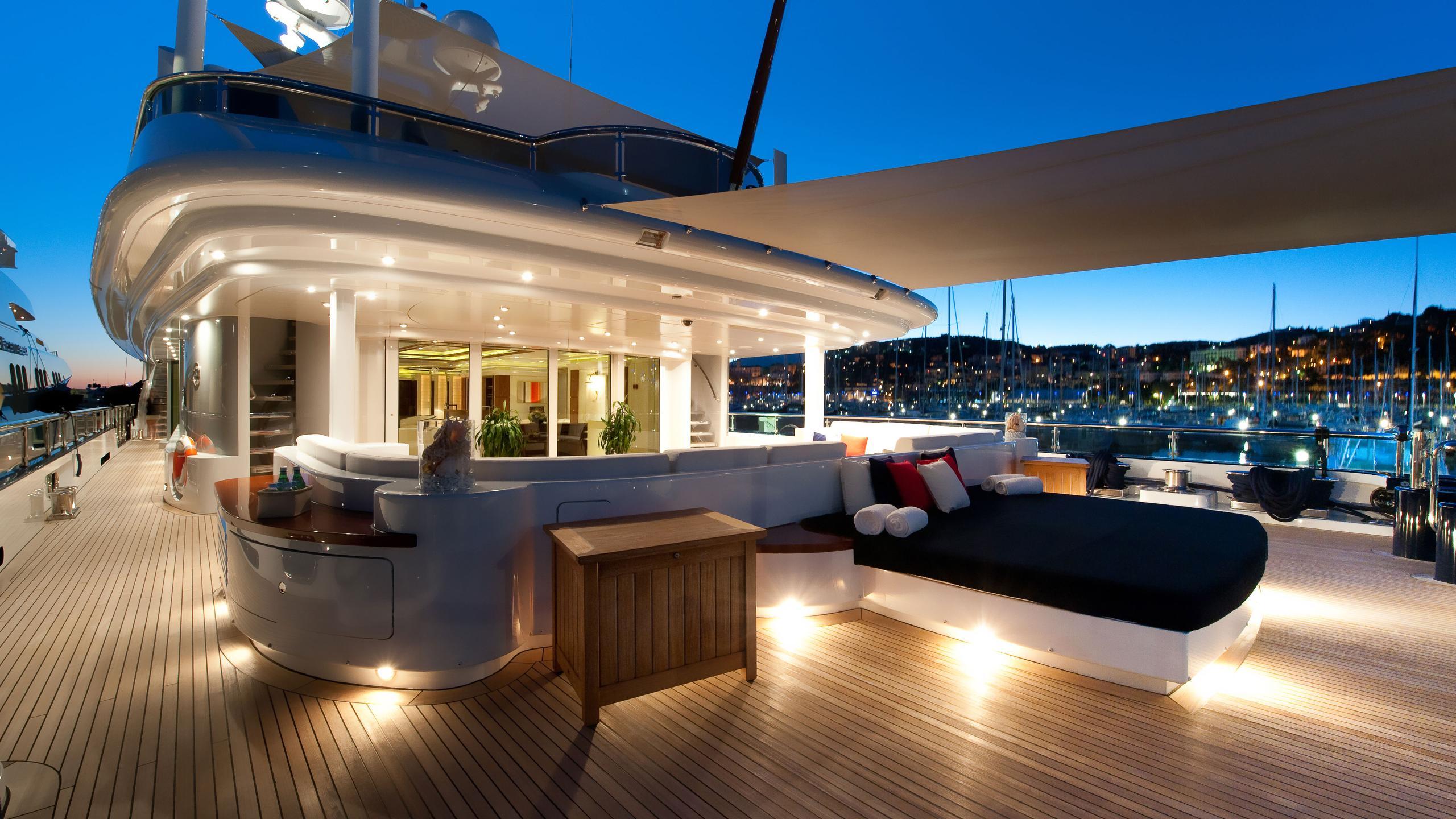 triple-seven-motor-yacht-nobiskrug-2006-68m-deck-by-night