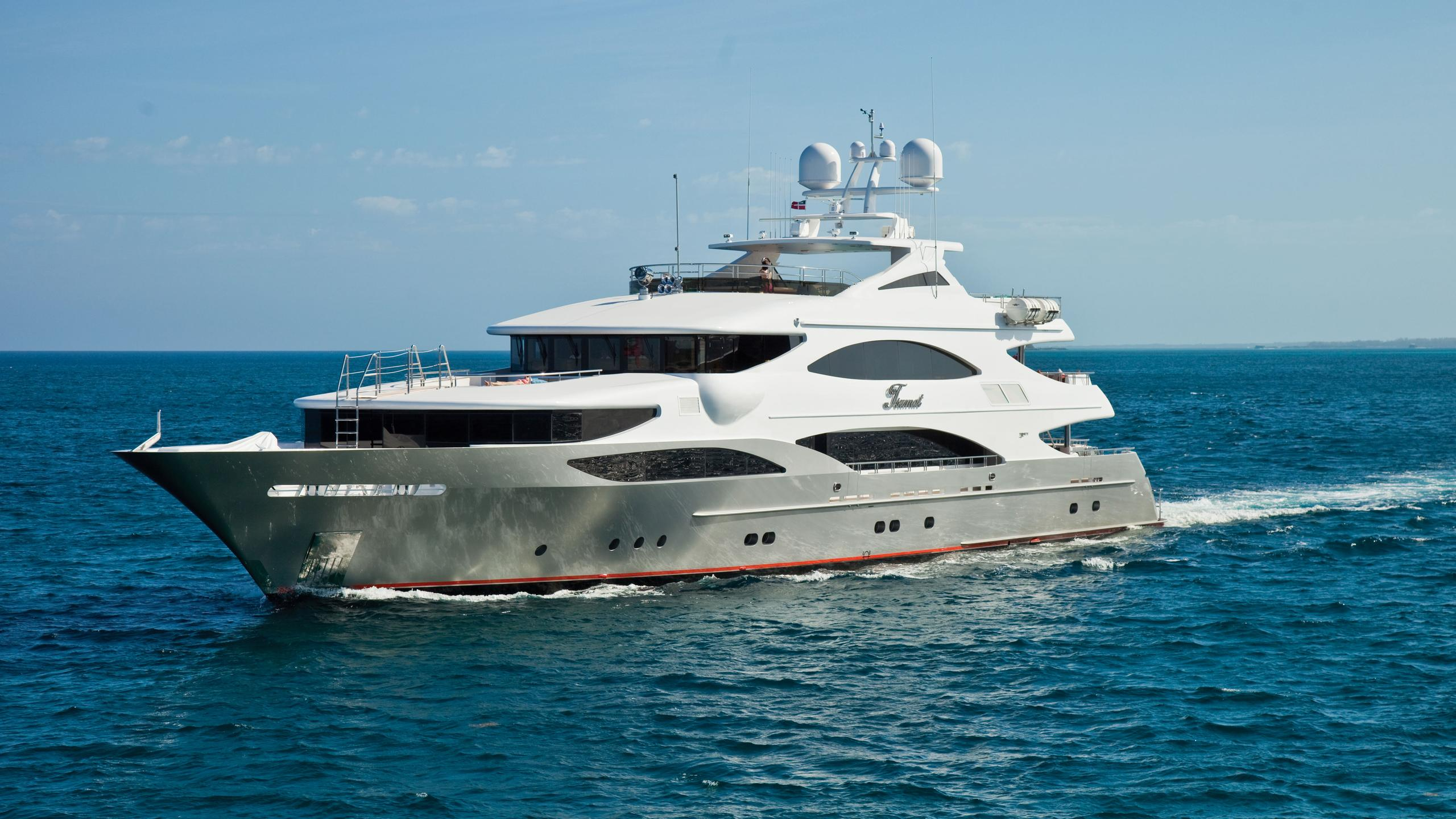 TSUMAT-motor-yacht-trinity-164-2012-50m-profile