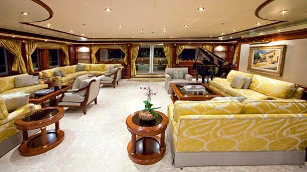 titania-motor-yacht-lurssen-2006-72m-saloon