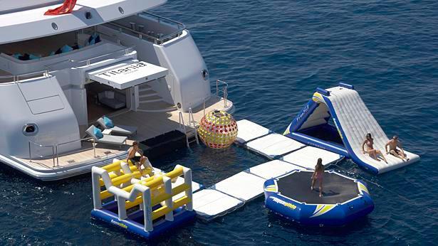 titania-motor-yacht-lurssen-2006-72m-beach-club-deck