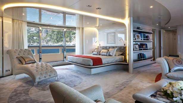 quite-essential-motor-yacht-heesen-2011-55m-stateroom