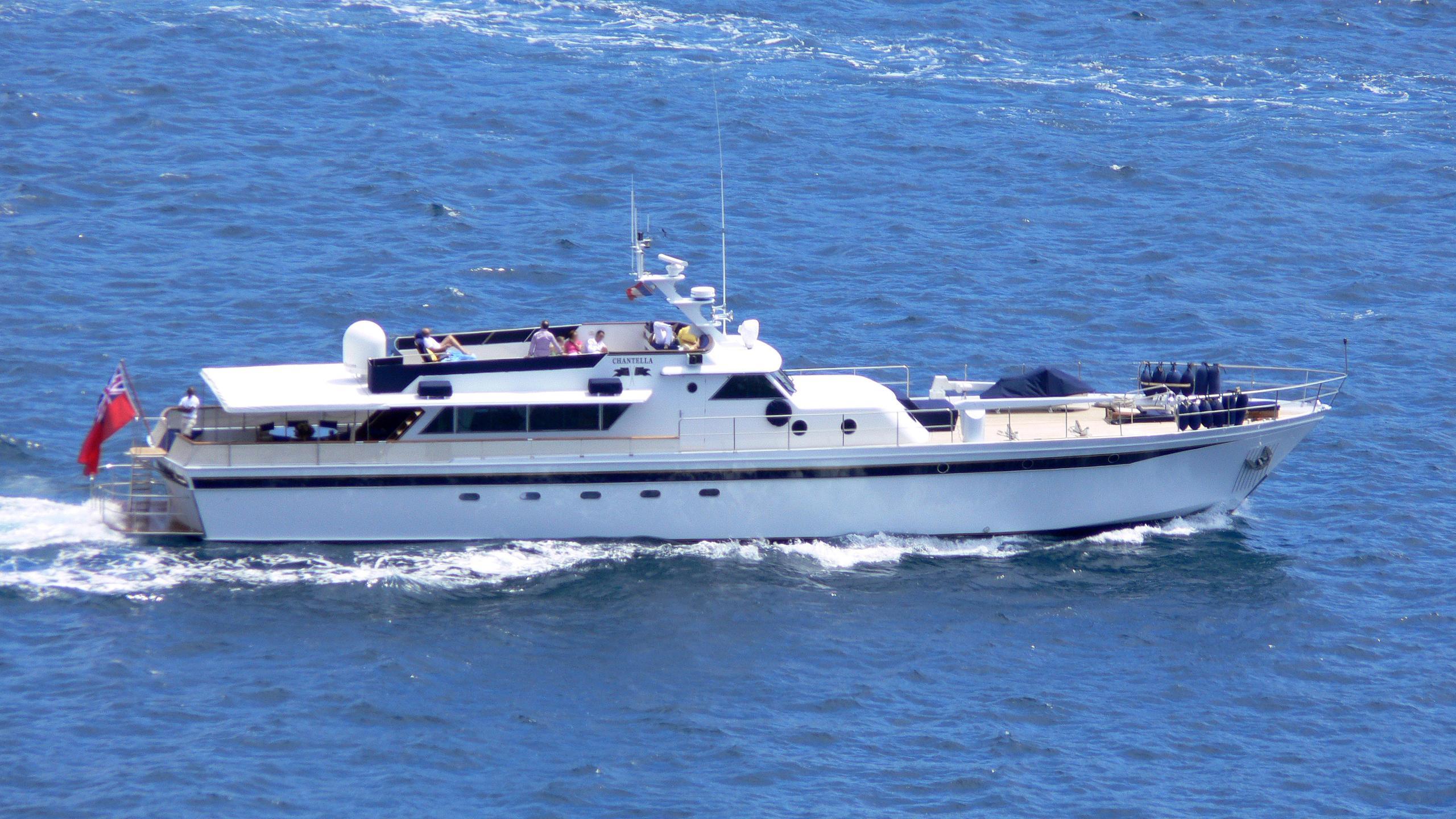 chantella-classic-motor-yacht-cna-aiglon-1966-30m-cruising