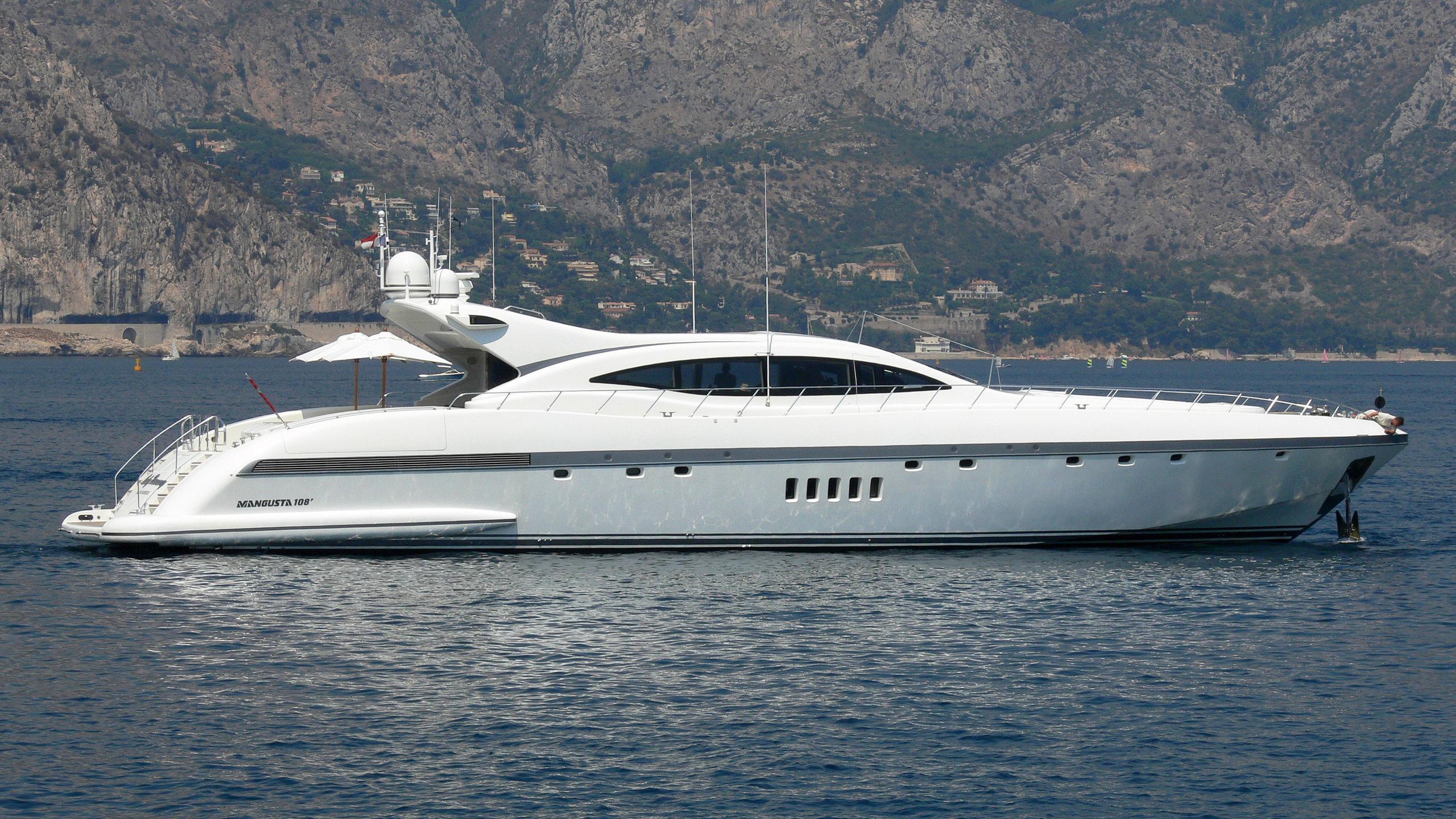 jff-motor-yacht-overmarine-mangusta-108-sport-2001-33m-profile-before-refit