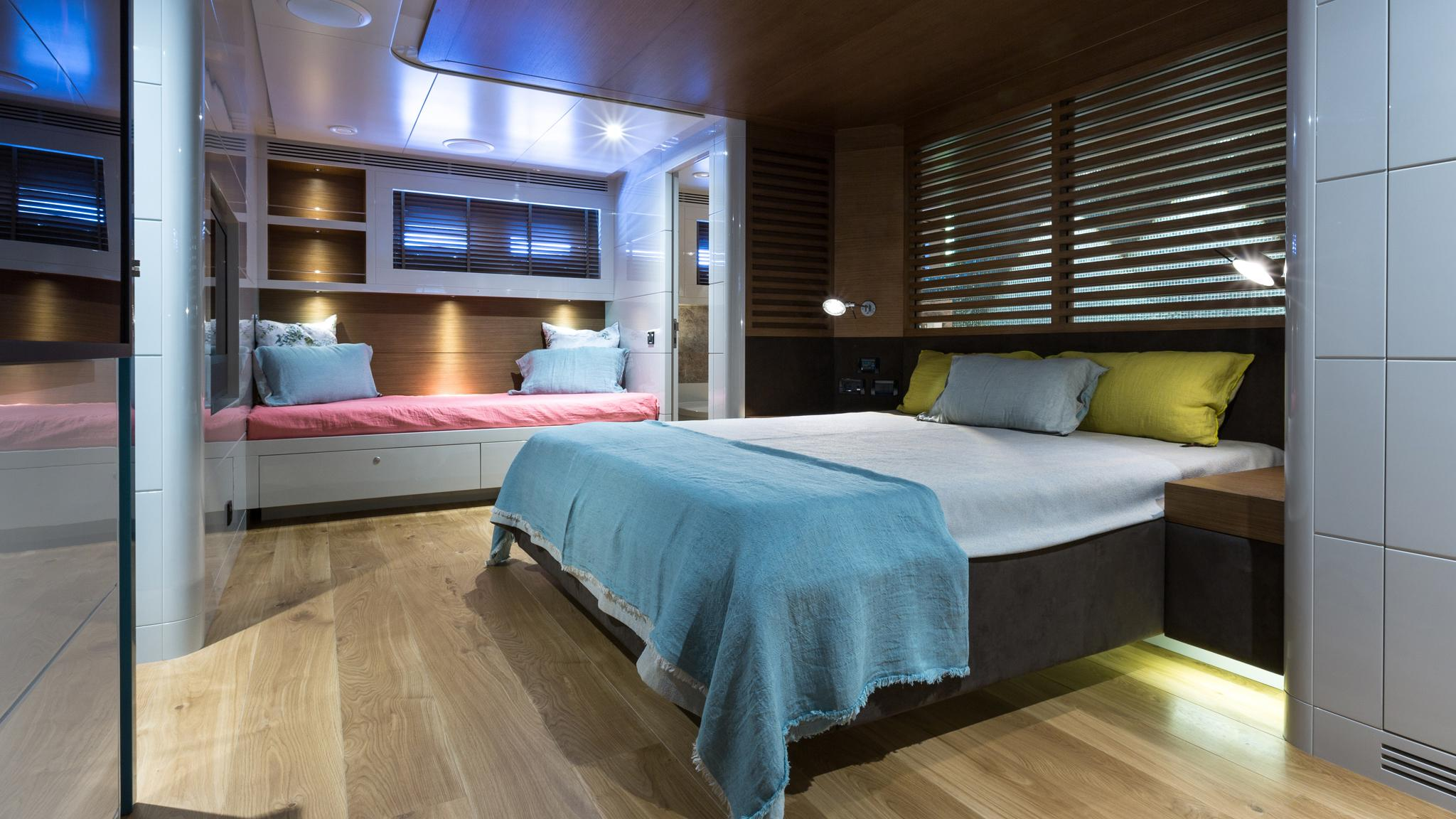 so-mar-motor-yacht-tansu-2014-38m-cabin-double