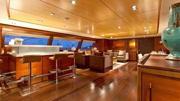 prana-sailing-yacht-alloy-2006-52m-saloon