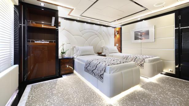 meridian-motor-yacht-icon-2012-62m-twin-cabin