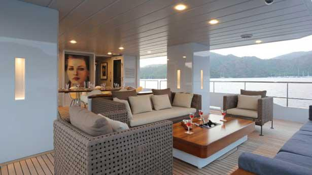 only-now-motor-yacht-tansu-2012-34m-deck