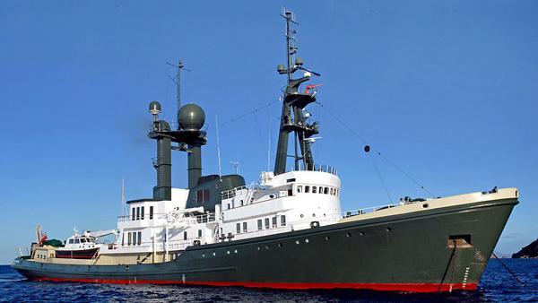 sea-ranger-classic-expedition-yacht-Schichau-Unterweser-1973-77m-half-profile