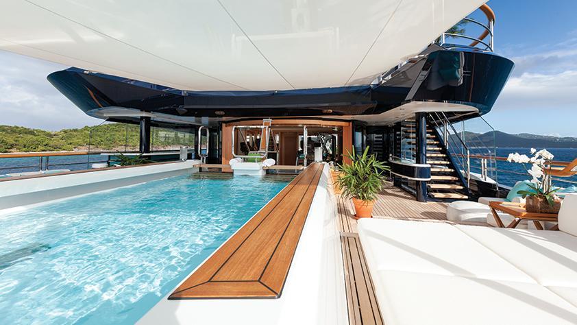 solandge-motor-yacht-lurssen-2013-85m-pool