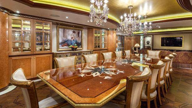 solandge-motor-yacht-lurssen-2013-85m-dining-room