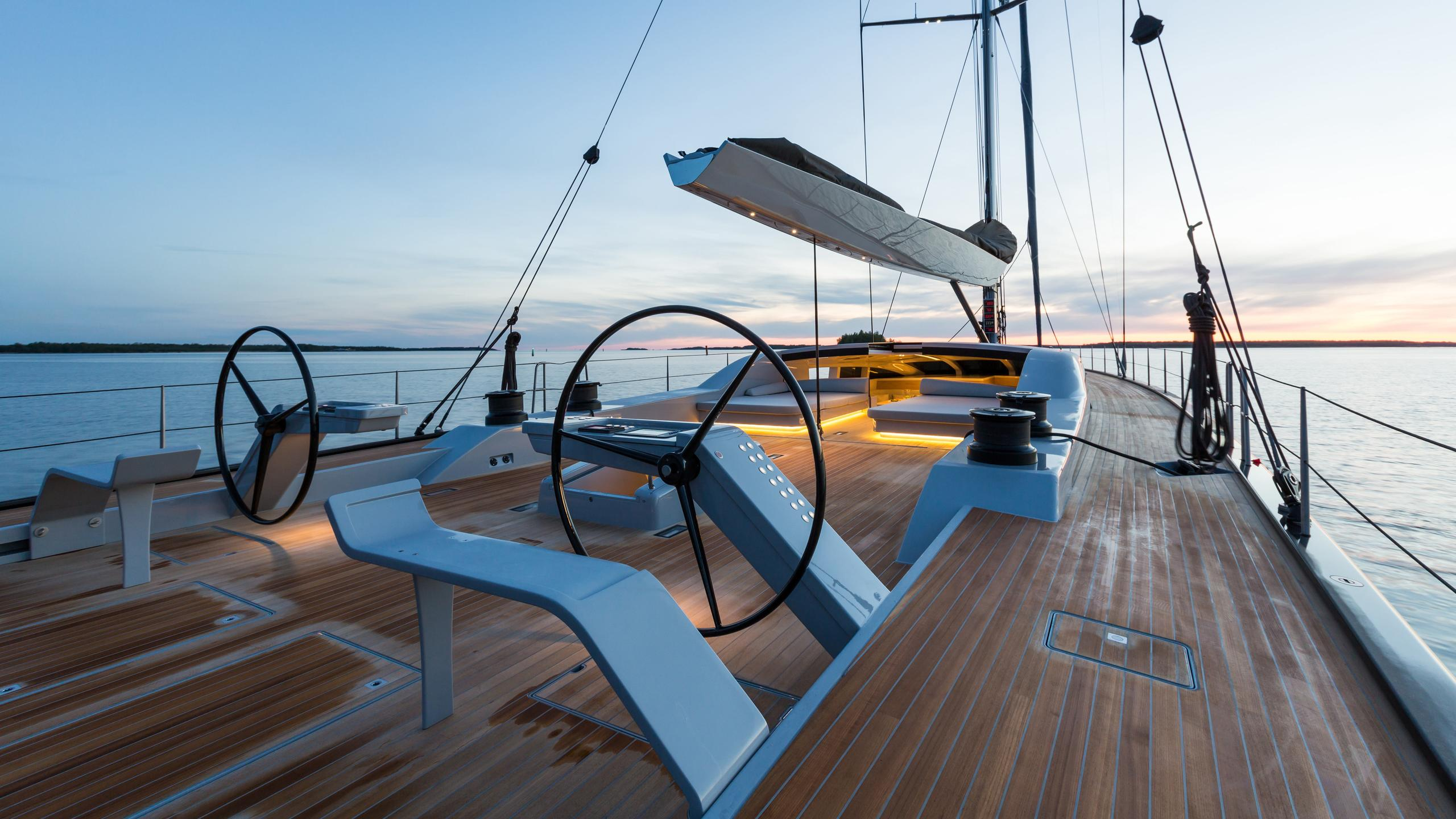 Winwin-sailing-yacht-baltic-2014-33m-deck