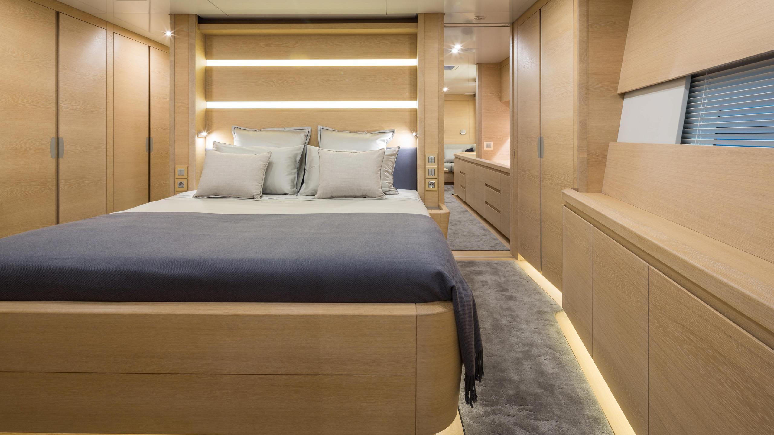 Winwin-sailing-yacht-baltic-2014-33m-cabin
