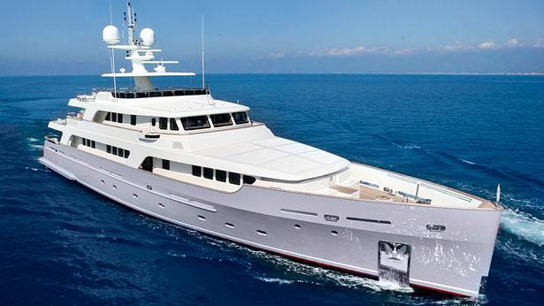 Libra-explorer-yacht-codecasa-2013-42m-half-profile