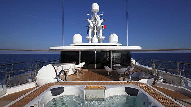 nautilus-grace-e-motor-yacht-perini-navi-picchiotti-2014-73m-sun-deck