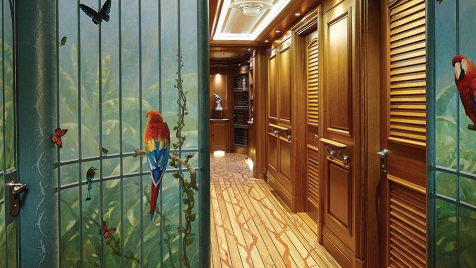 sea-owl-motor-yacht-feadship-2013-62m-lobby