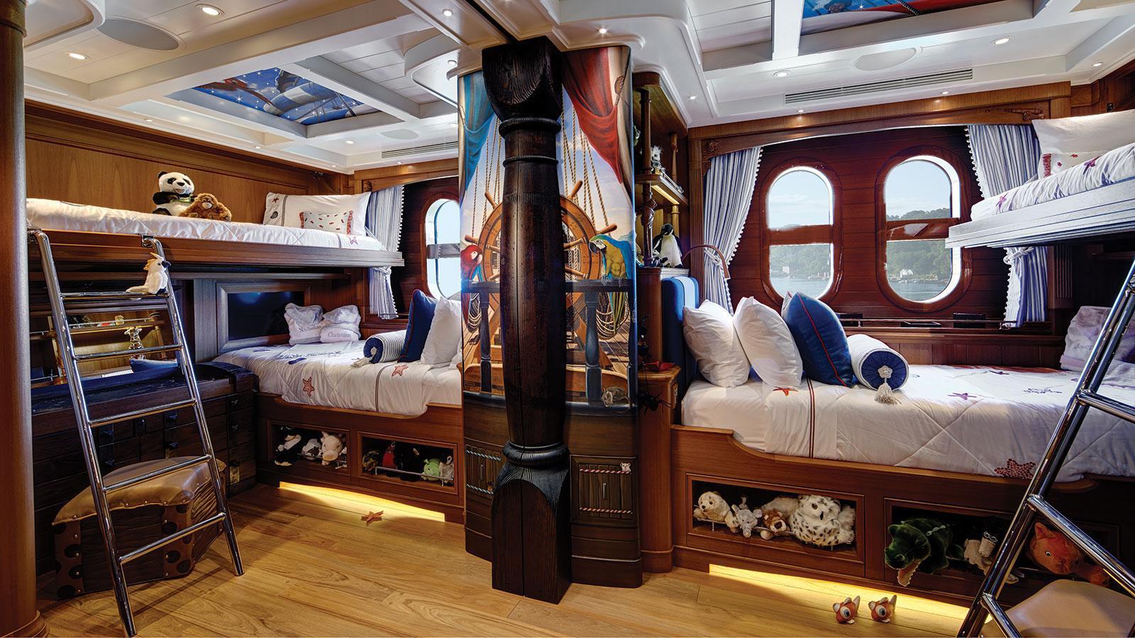 sea-owl-motor-yacht-feadship-2013-62m-children-cabin