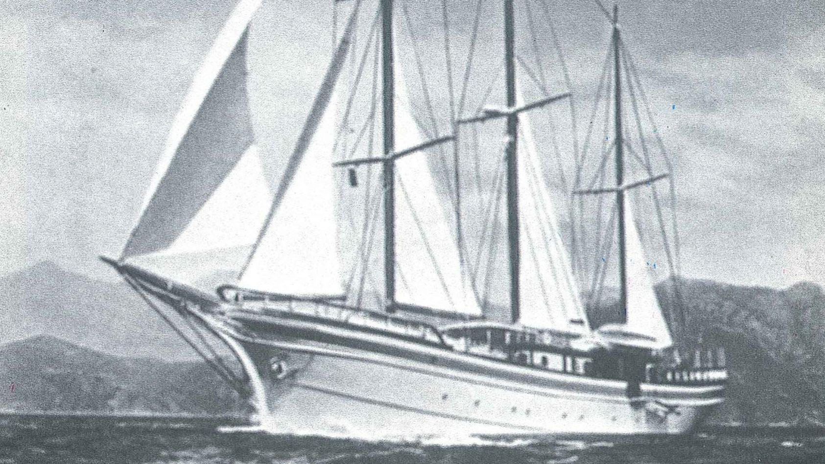 Tritona classic yacht profile