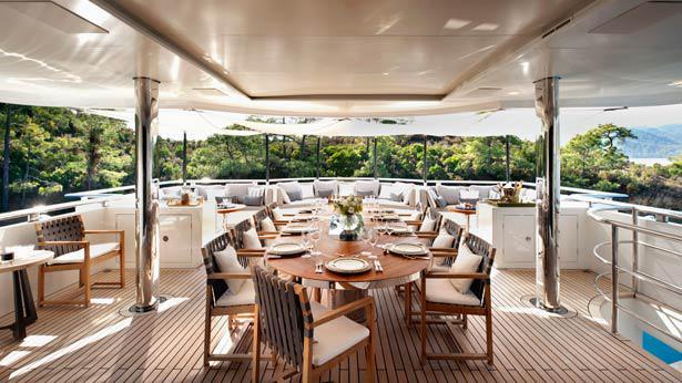 Orient-Star-motor-yacht-cmb-2013-46m-al-fresco-dining