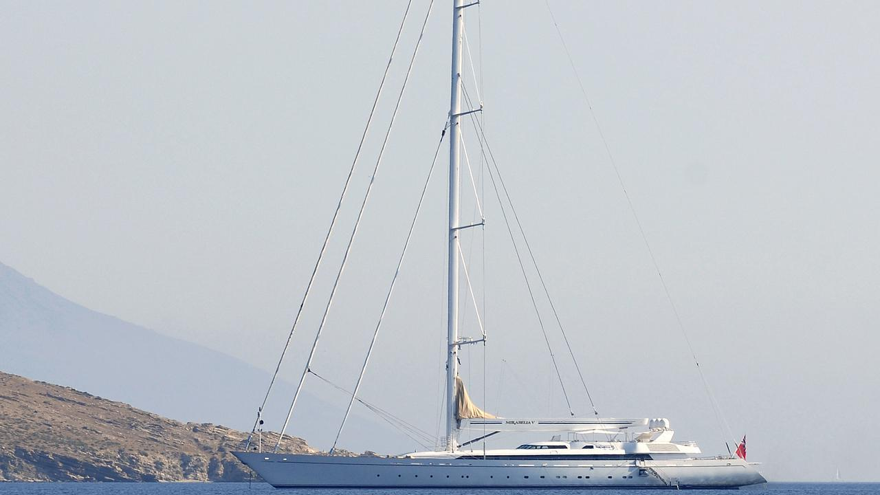 m5-sailing-yacht-vosper-thornycroft-2004-79m-profile