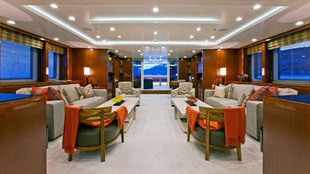 turquoise-motor-yacht-2011-55m-main-saloon