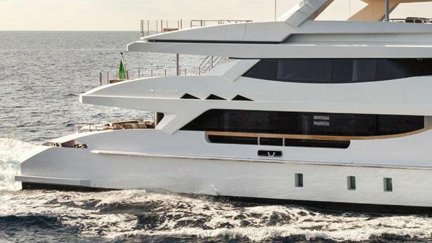 mr-t-motor-yacht-Baglietto-2014-46m-exterior