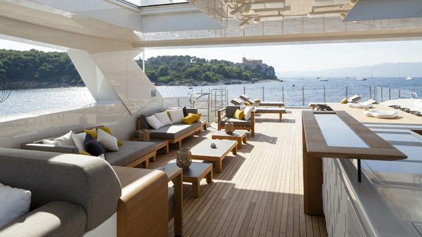 mr-t-motor-yacht-Baglietto-2014-46m-upper-deck