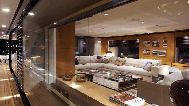 mr-t-motor-yacht-Baglietto-2014-46m-saloon