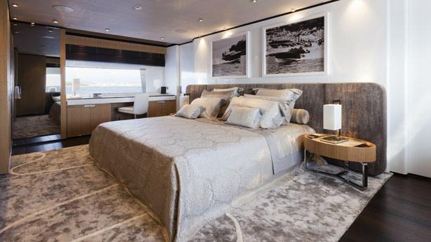 mr-t-motor-yacht-Baglietto-2014-46m-master-cabin