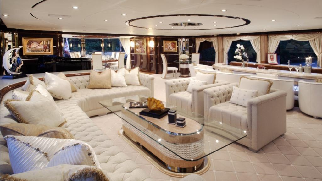 diamonds-are-forever-motor-yacht-benetti-2011-61m-sky-lounge