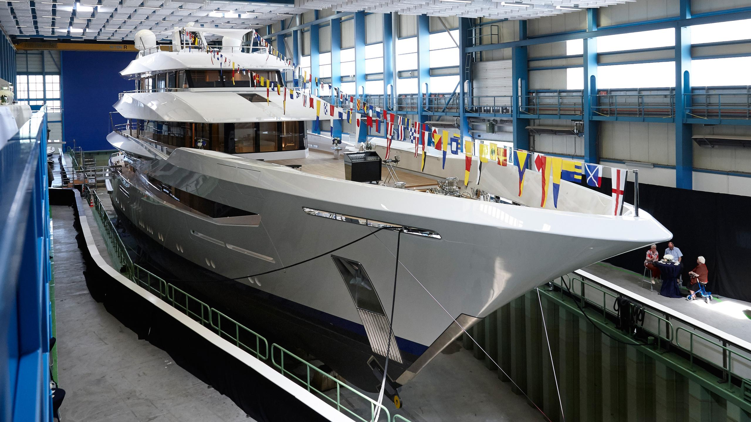 joy-motor-yacht-feadship-2016-70m-shipyard-shed-bow