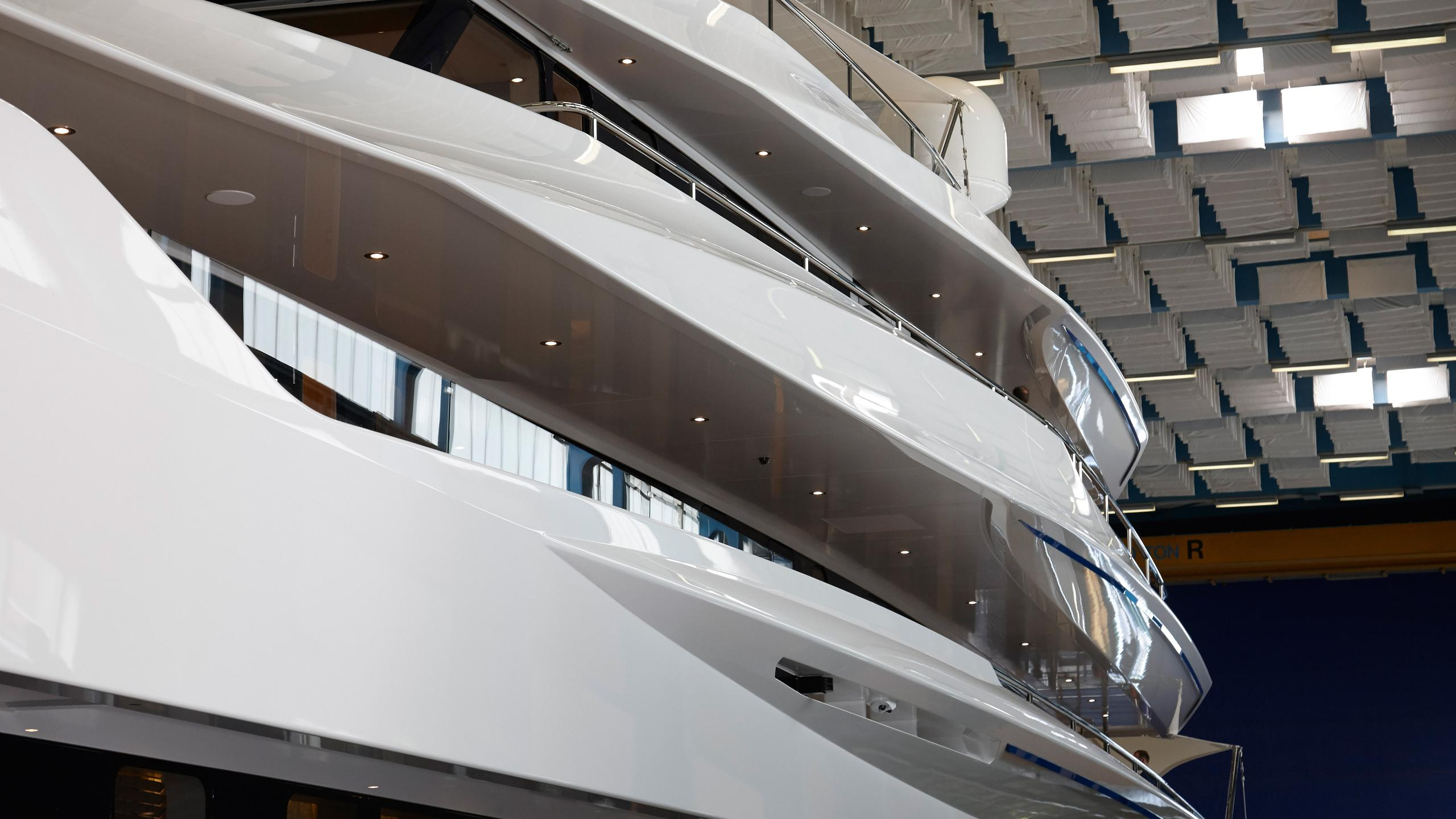 joy-motor-yacht-feadship-2016-70m-shipyard-shed-detail-profile