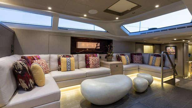 inukshuk-sailing-yacht-baltic-2013-33m-saloon