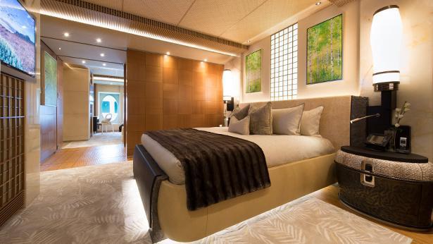 nirvana-motor-yacht-oceanco-2012-88m-state-room