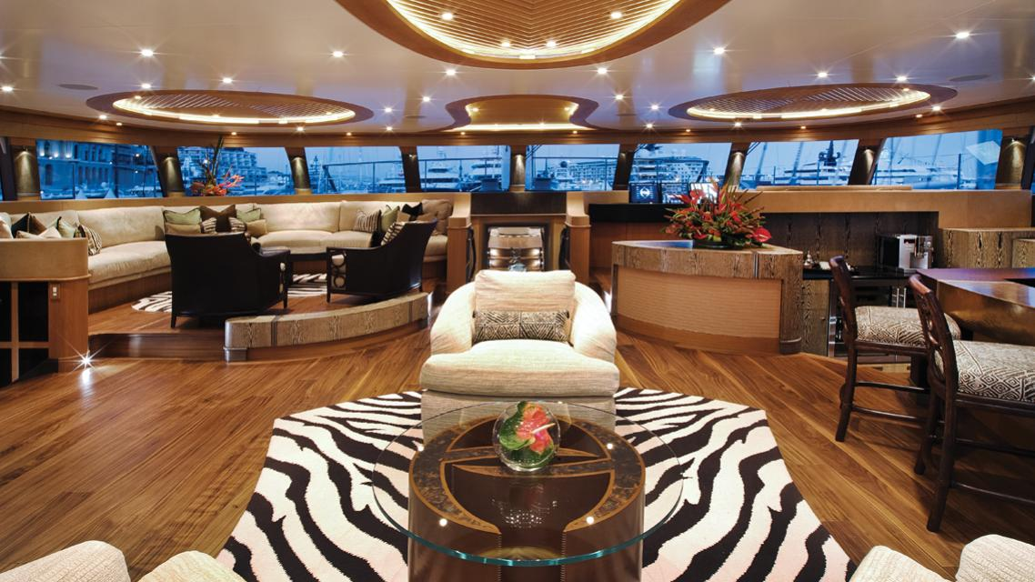 hemisphere-sailing-yacht-pendennis-2011-44m-saloon