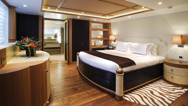 hemisphere-sailing-yacht-pendennis-2011-44m-state-room