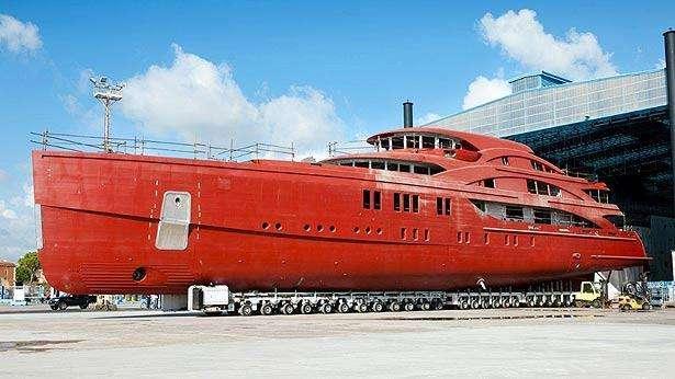 1111-motor-yacht-benetti-2015-63m-profile-shipyard