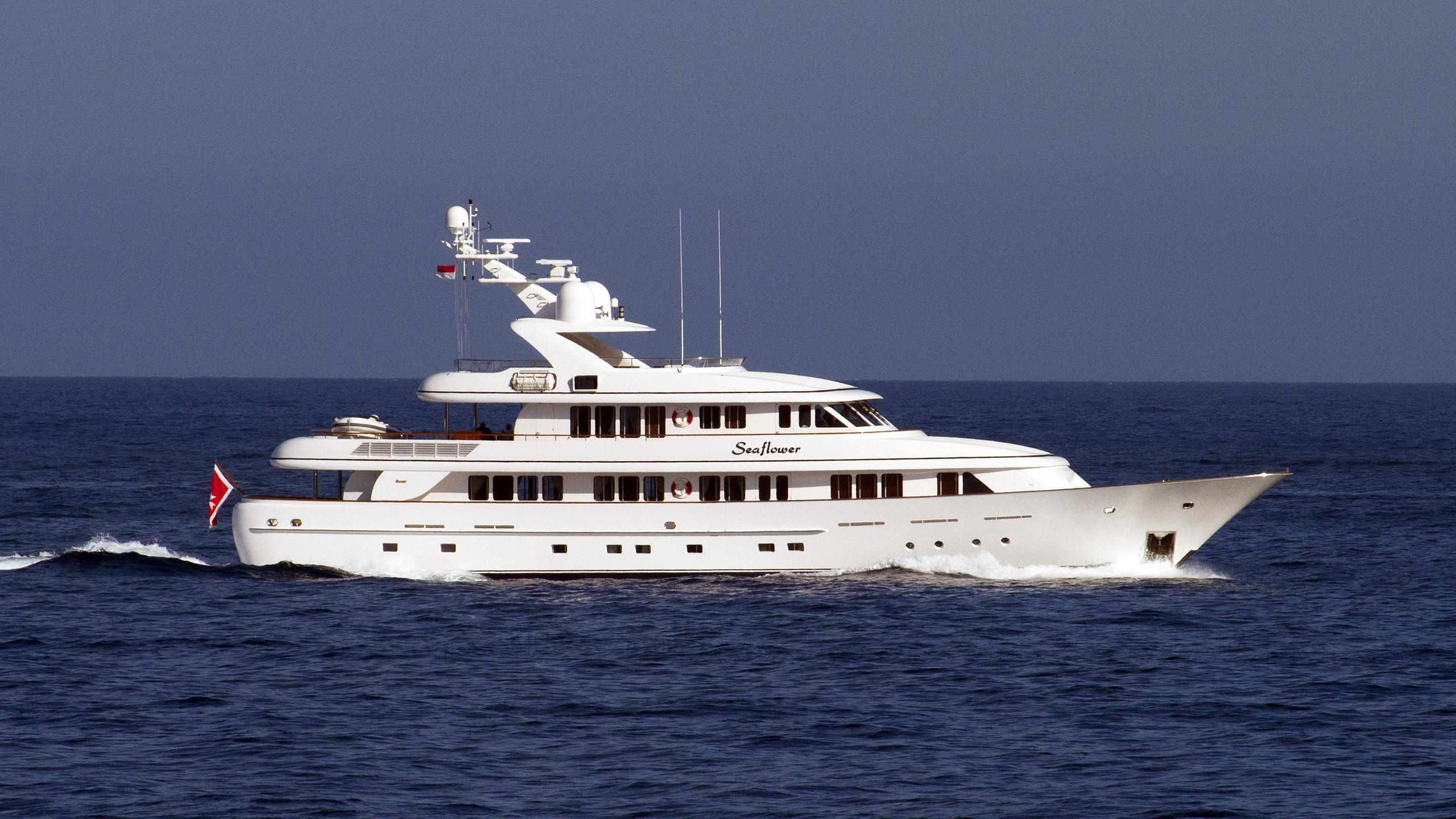 cipitouba-seaflower-motor-yacht-feadship-2002-40m-cruising-profile