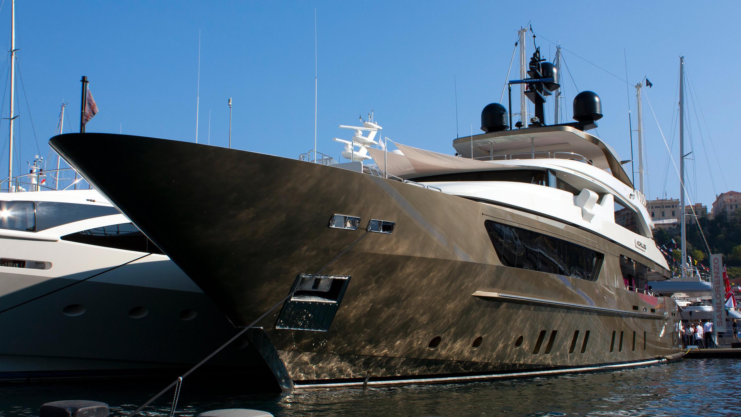apries-w-achilles-f-motor-yacht-sanlorenzo-2012-46m-half-bow