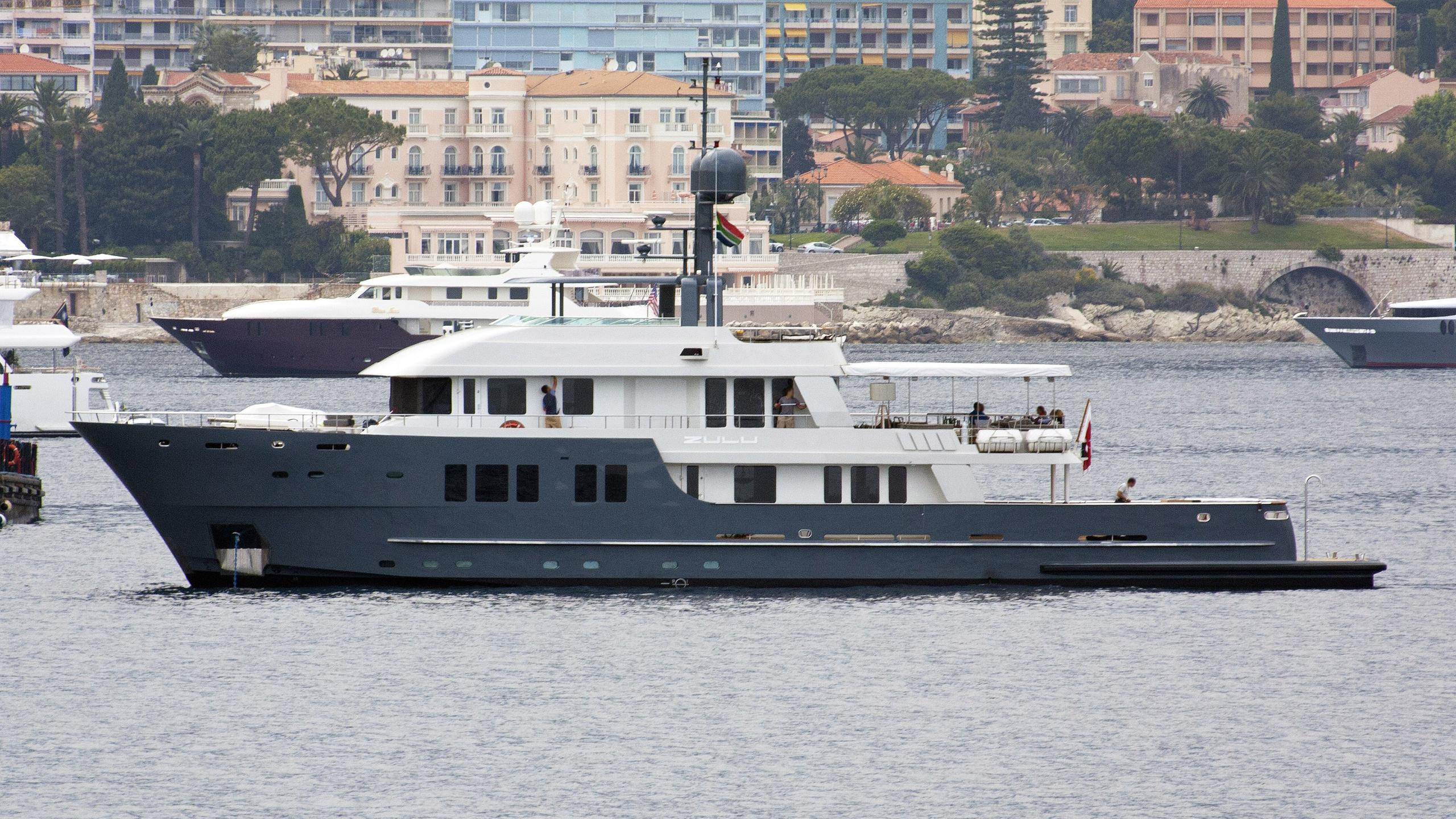 zulu-motor-expedition-yacht-inace-explorer-100-2009-35m-profile