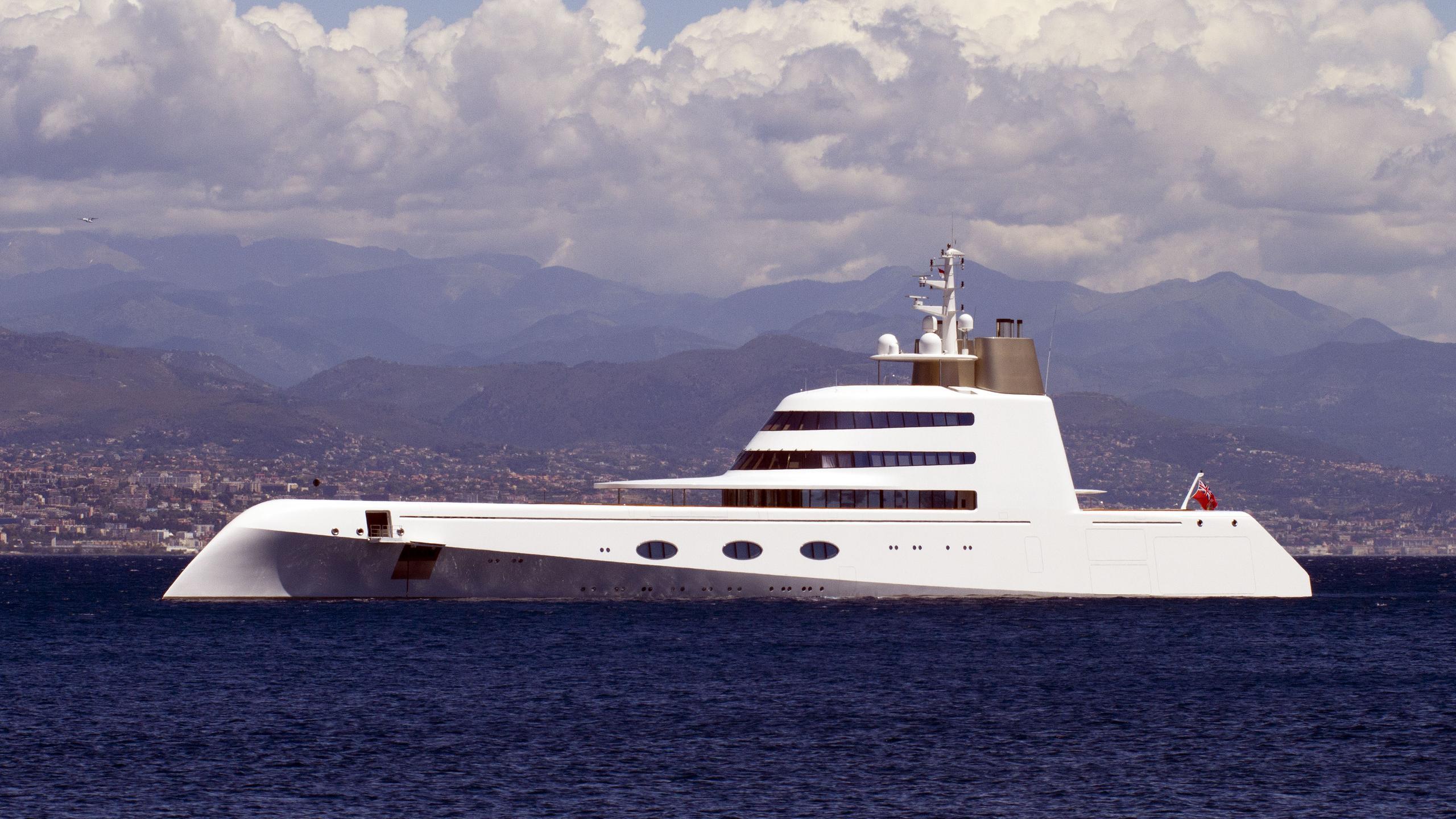 superyacht-a-motor-yacht-blohm-voss-2008-119m-profile-anchored
