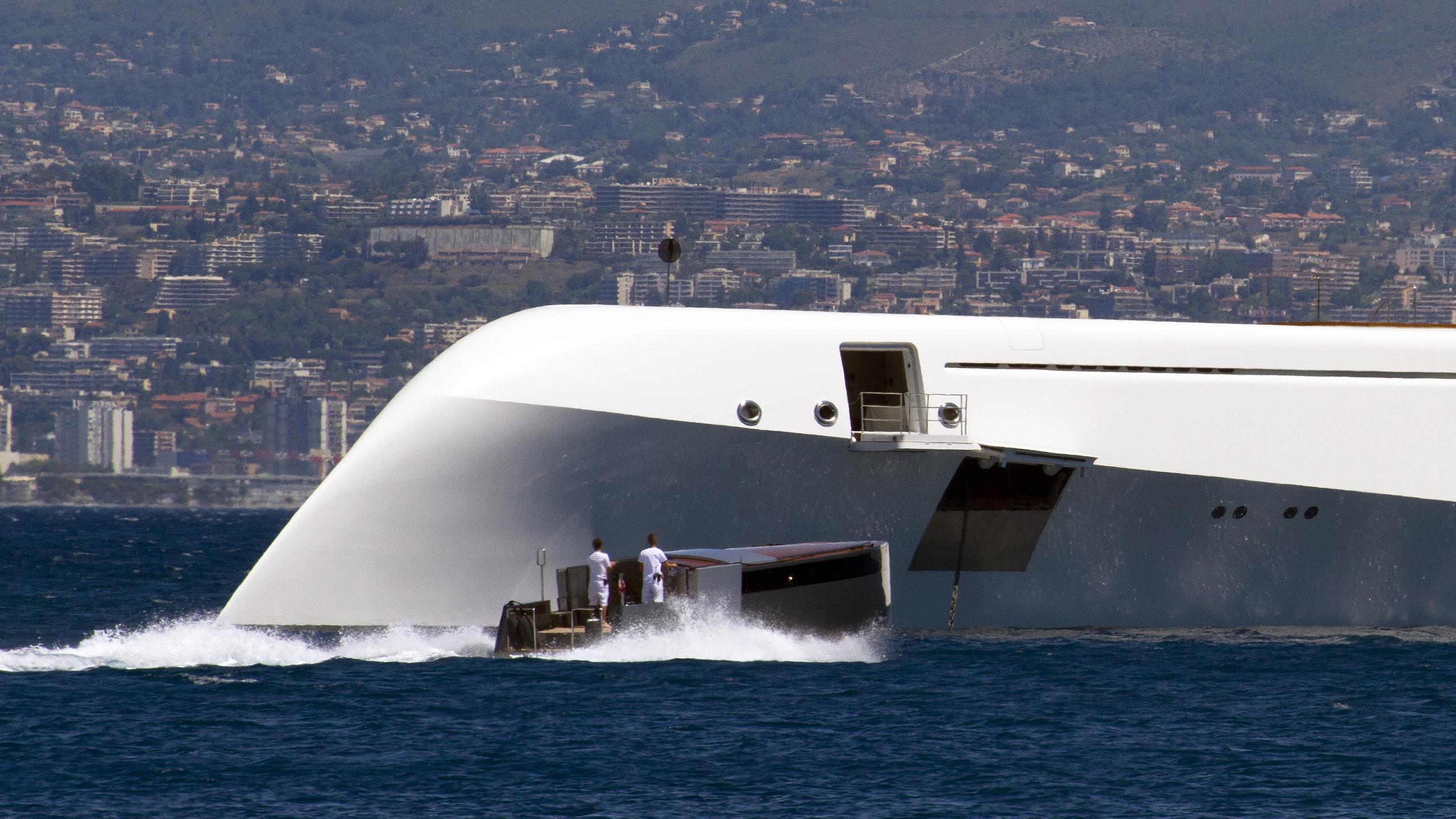 superyacht-a-motor-yacht-blohm-voss-2008-119m-bow-details-tender