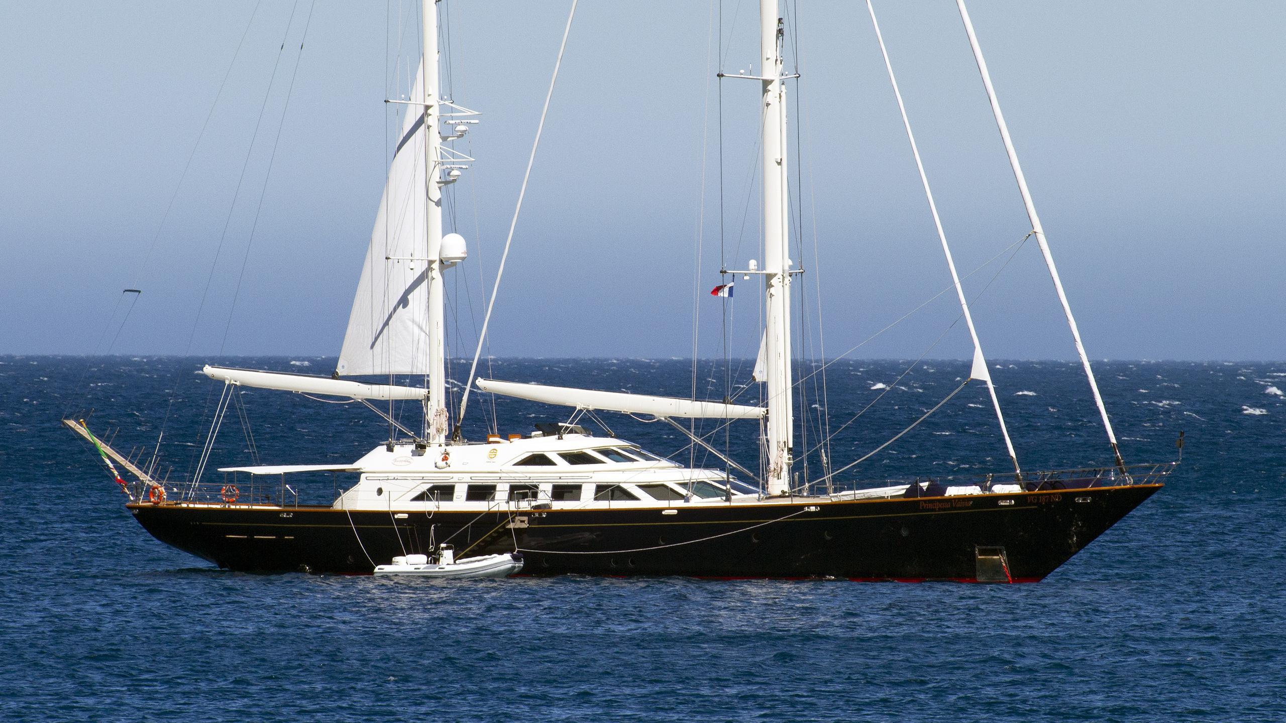 principessa-vaivia-sailing-yacht-perini-navi-1991-40m-profile
