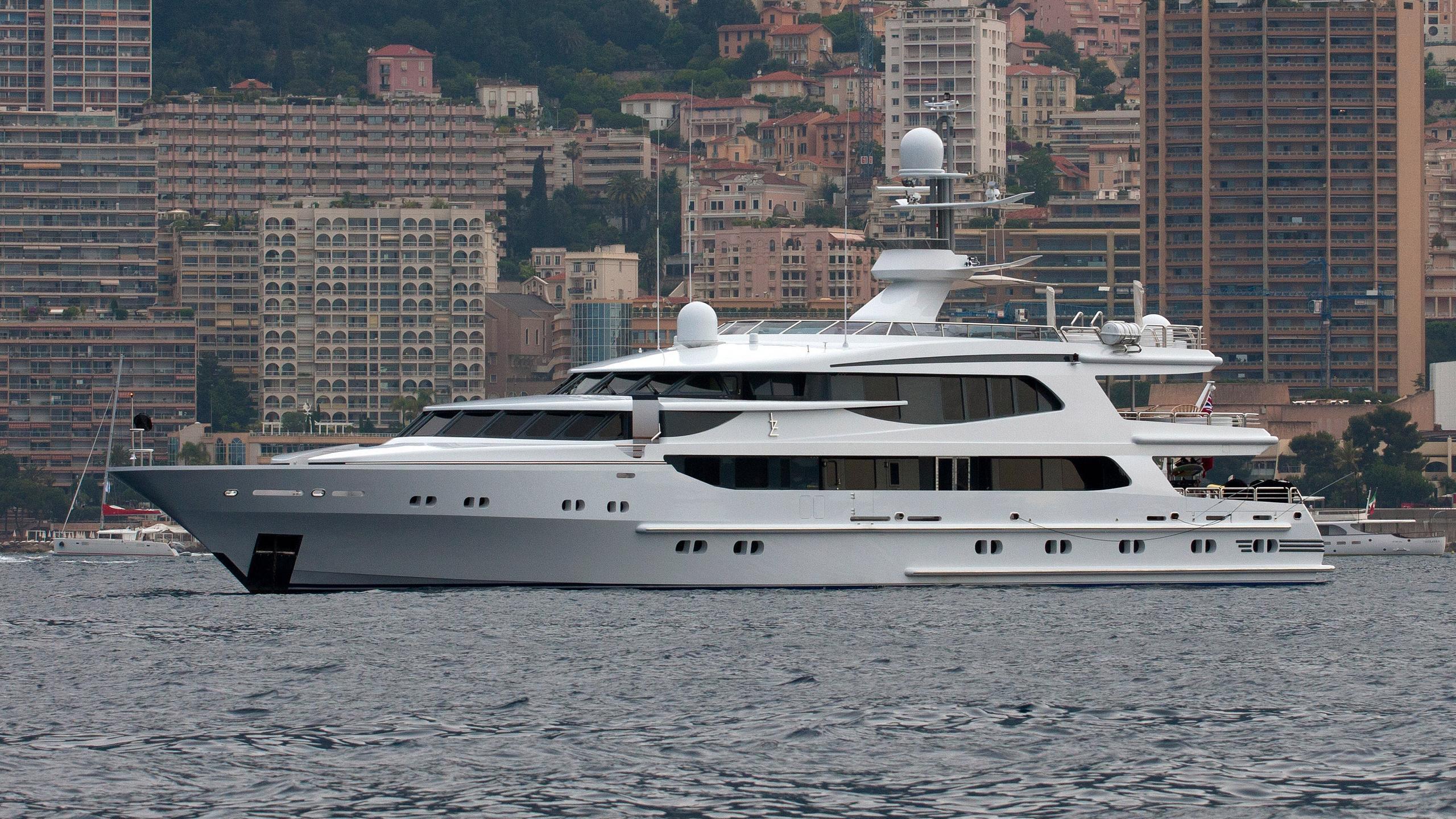 lazy-z-motor-yacht-oceanco-1997-51m-half-profile