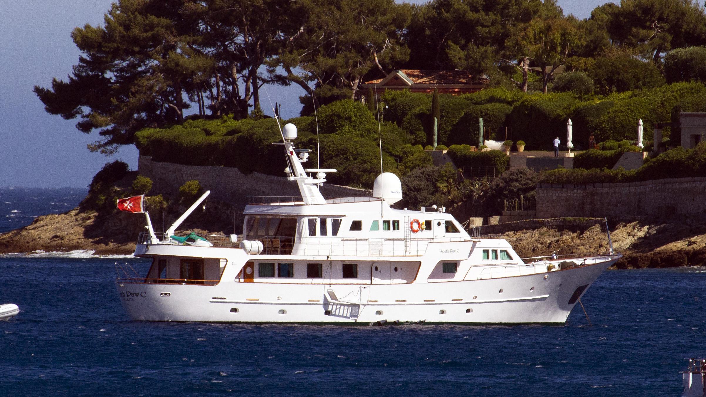 south-paw-c-motor-yacht-codecasa-1977-34m-half-stern