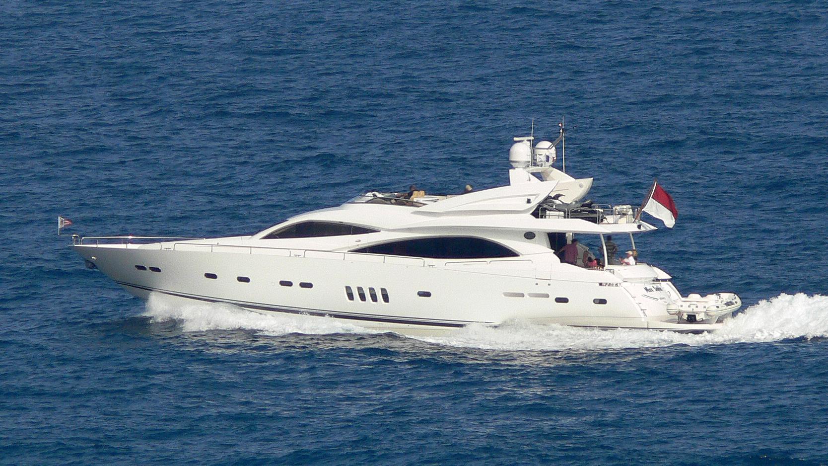 miss-irisha-motor-yacht-sunseeker-90-yacht-2006-28m-profile