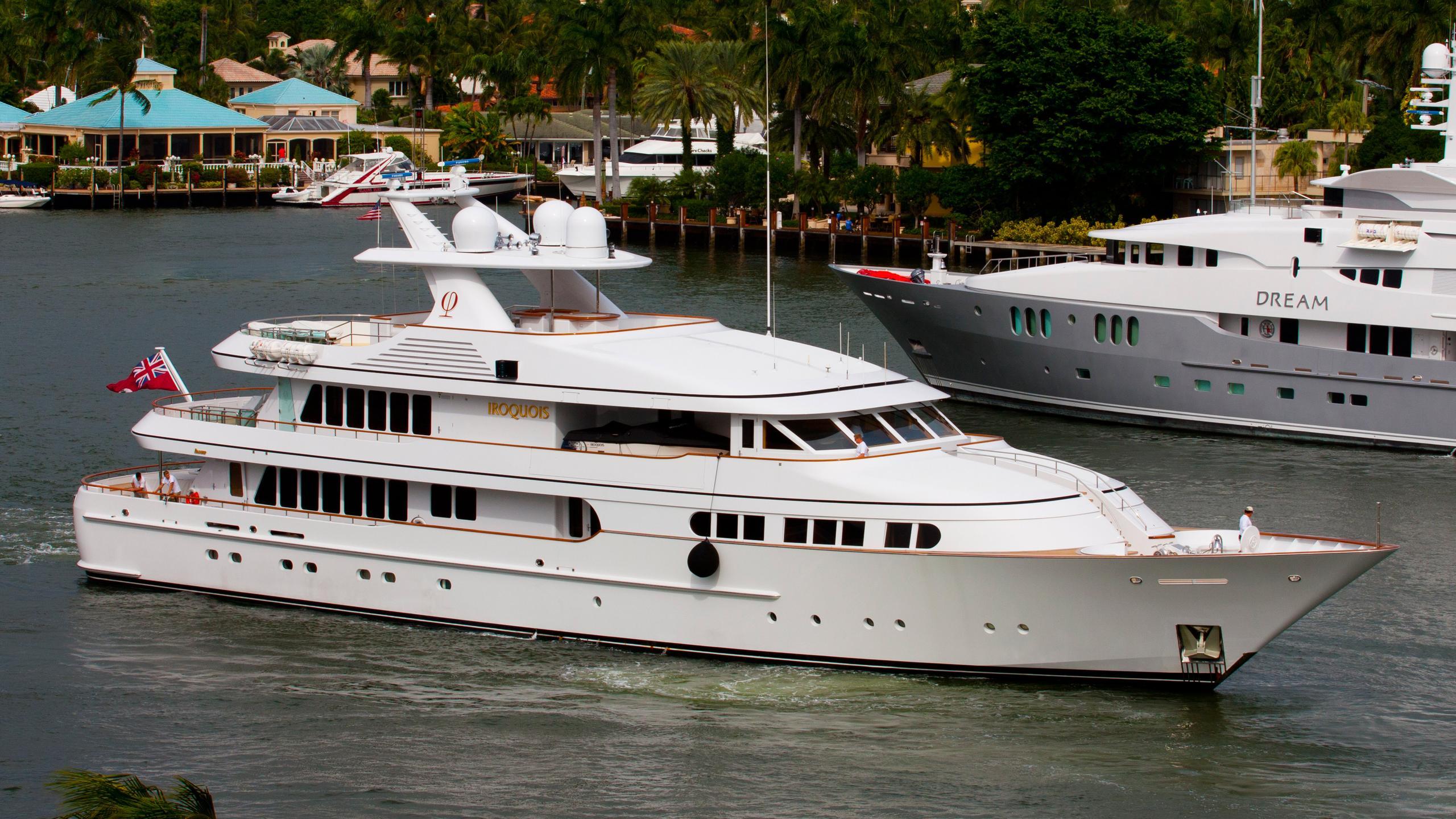 herculina-motor-yacht-feadship-1998-50m-half-profile