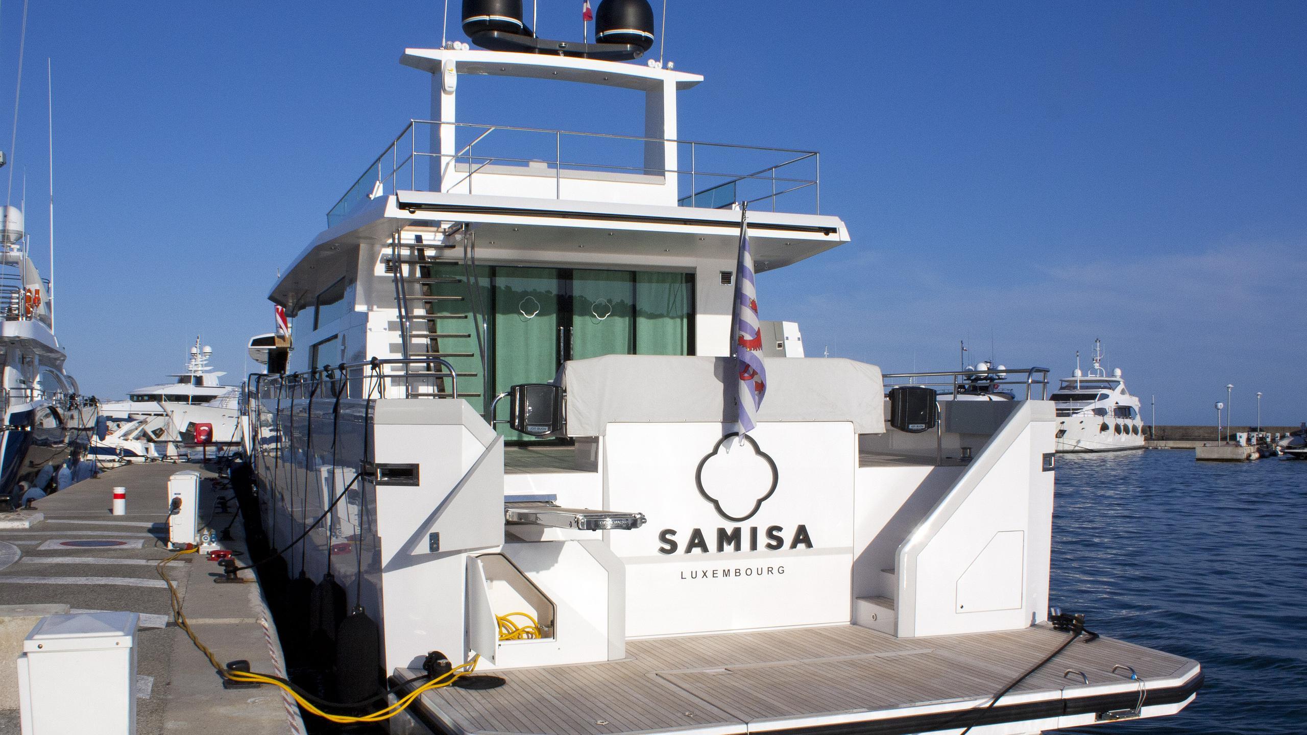 samisa-motor-yacht-delta-powerboats-2014-26m-moored-stern