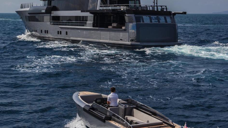 Atlante-motor-yacht-crn-2015-55m-tender
